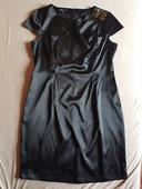 čierne puzdrové šaty, 44