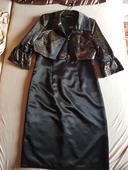 púzdrové šaty s kabátikom, 42