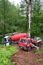 30.5.2013 vylévání pásů betonem, nebylo to vůbec jednoduché