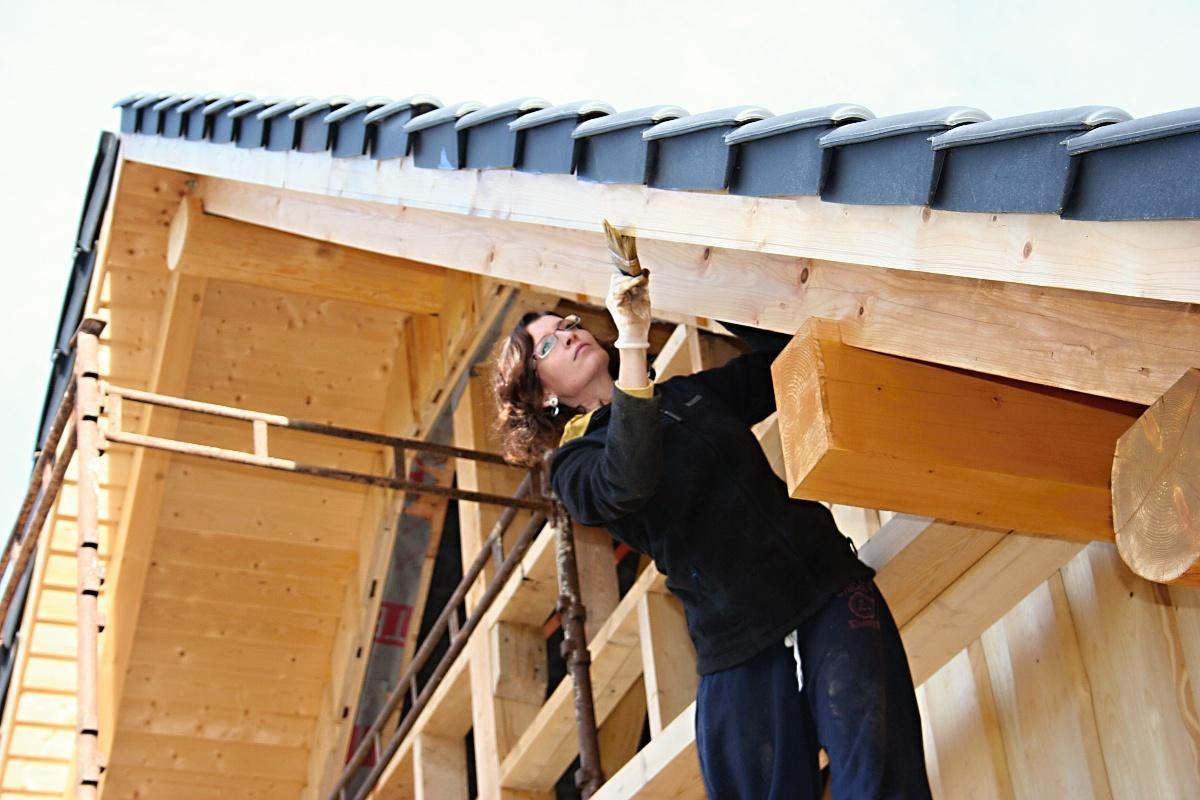 Stavba srubu - Hlavně se pevně držet, ať nespadnu, bylo to děsný
