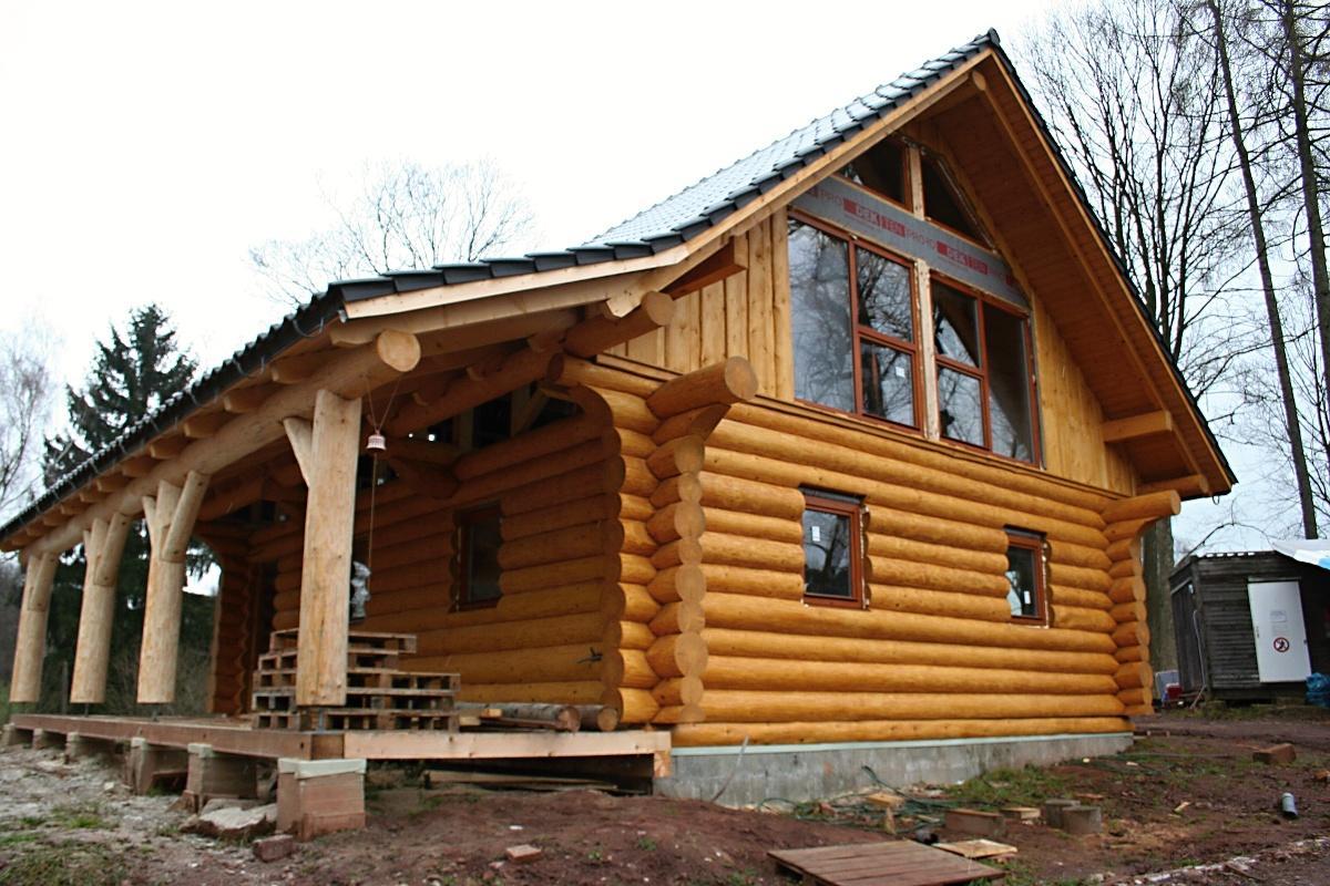 Stavba srubu - Konečně máme okna :)