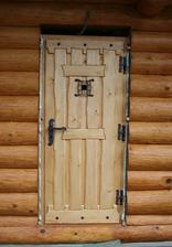 Dveře do technické místnosti