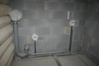 Trubky na záchod a sprchu