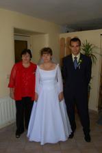 moje mamka(hlavní organizátorka) a můj bratr(svědek nevěsty)