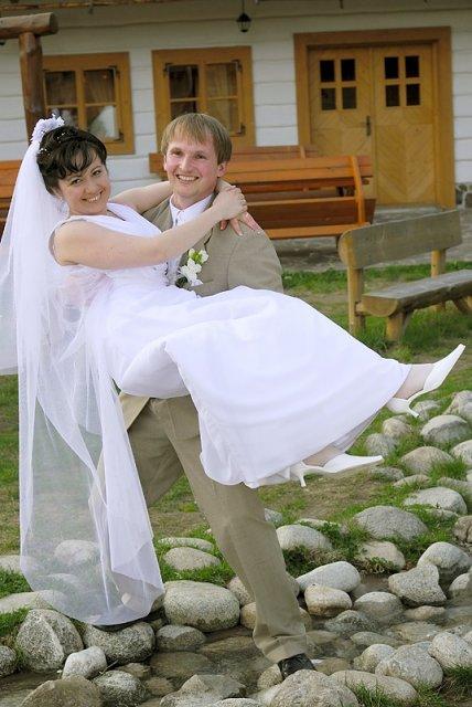 Dana Kompišová{{_AND_}}Jaroslav Vrabec - bude ma môj manžel na rukách nosiť:-)?
