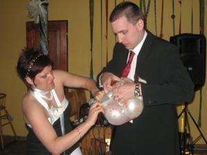 vypečený svatební dar :o)