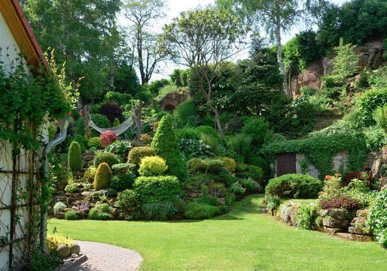 Zahrada ve svahu - inspirace - Obrázek č. 50
