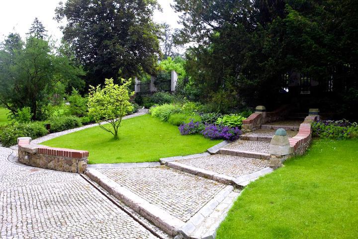 Zahrada ve svahu - inspirace - Obrázek č. 59