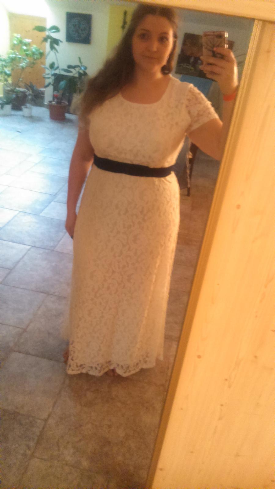 Mě by se líbil nějaký s levandulí a sem tam mezitim malou bílou řůžičku.  22. led 2015 v 15 51 • Svatba byla v září 2015 • Odpověz • To se mi líbí • 8 69feafe633