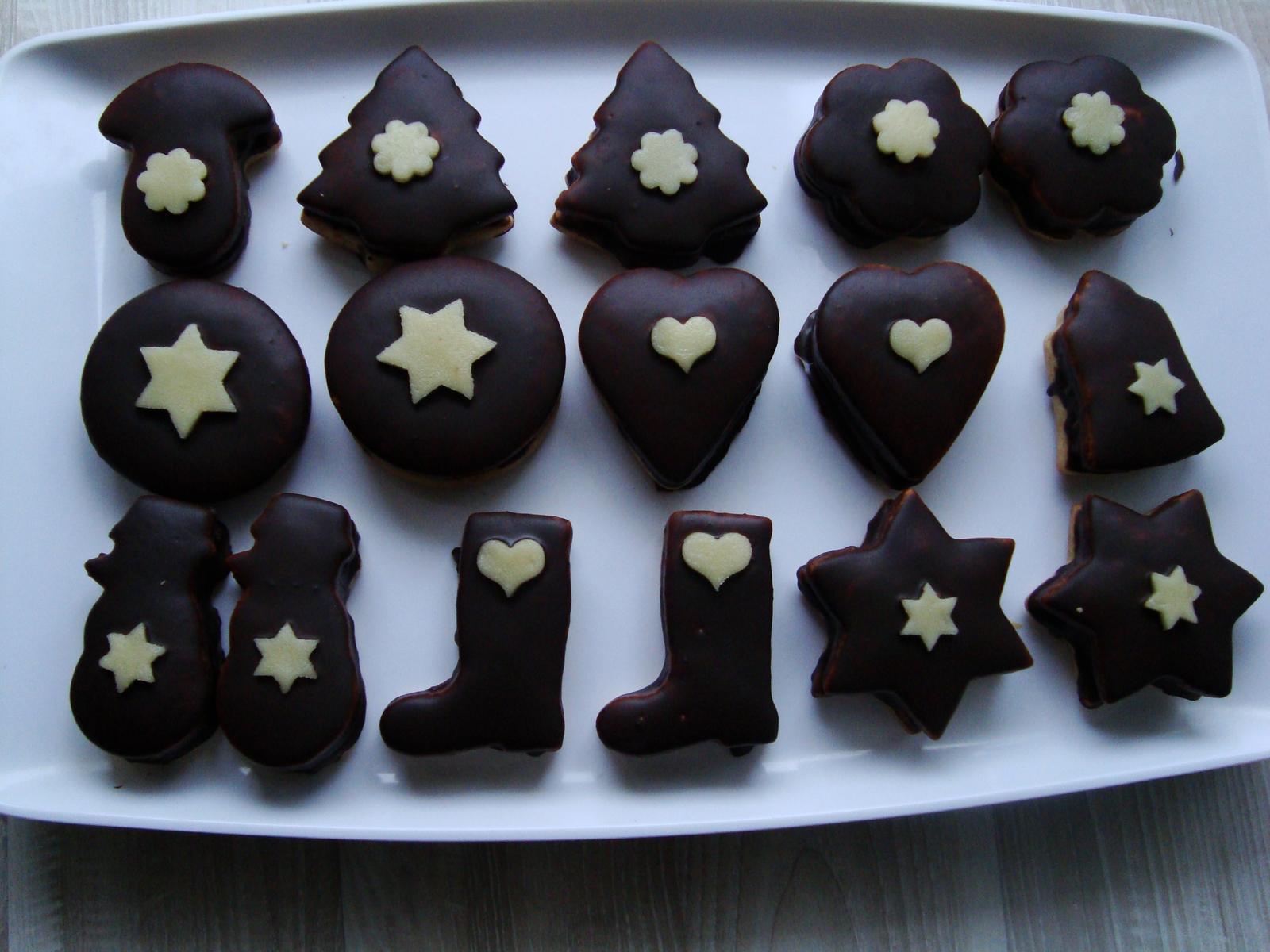 Moja záľuba - Plnené medovníčky v čokoláde