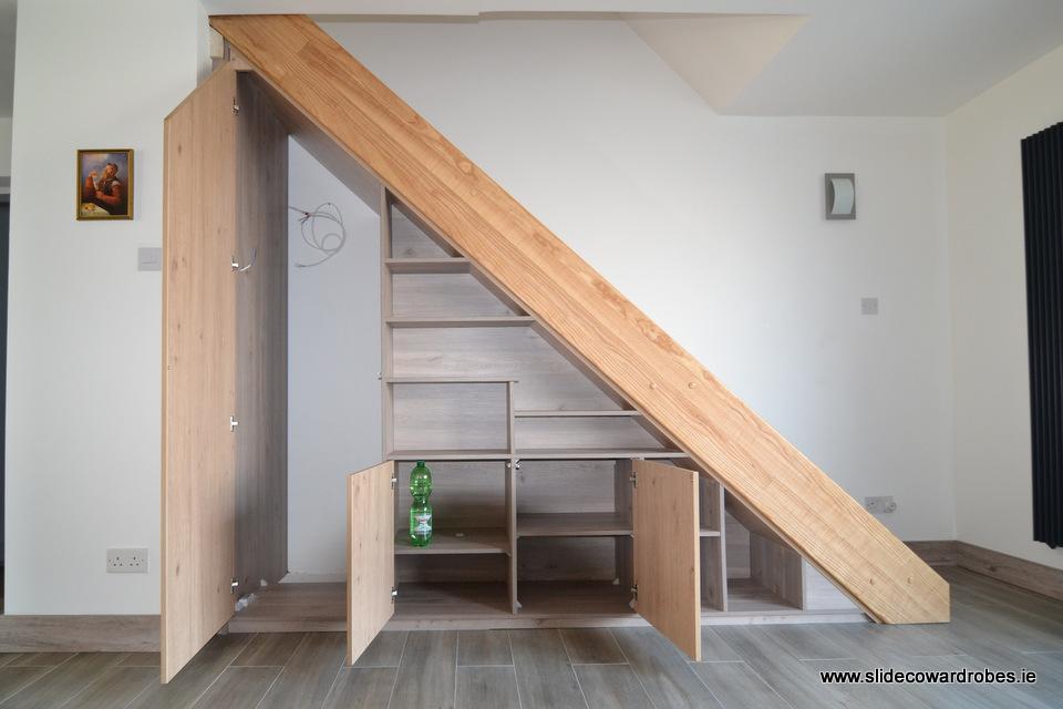 Pod schodami - Obrázok č. 5