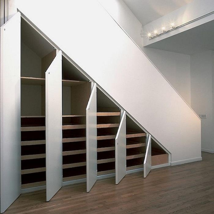 Pod schodami - Obrázok č. 6