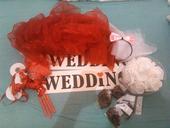 Zbytky z naší červeno-bílé svatby,