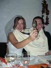 Stouhle lžící sme polívečku skoro neochutnali :D