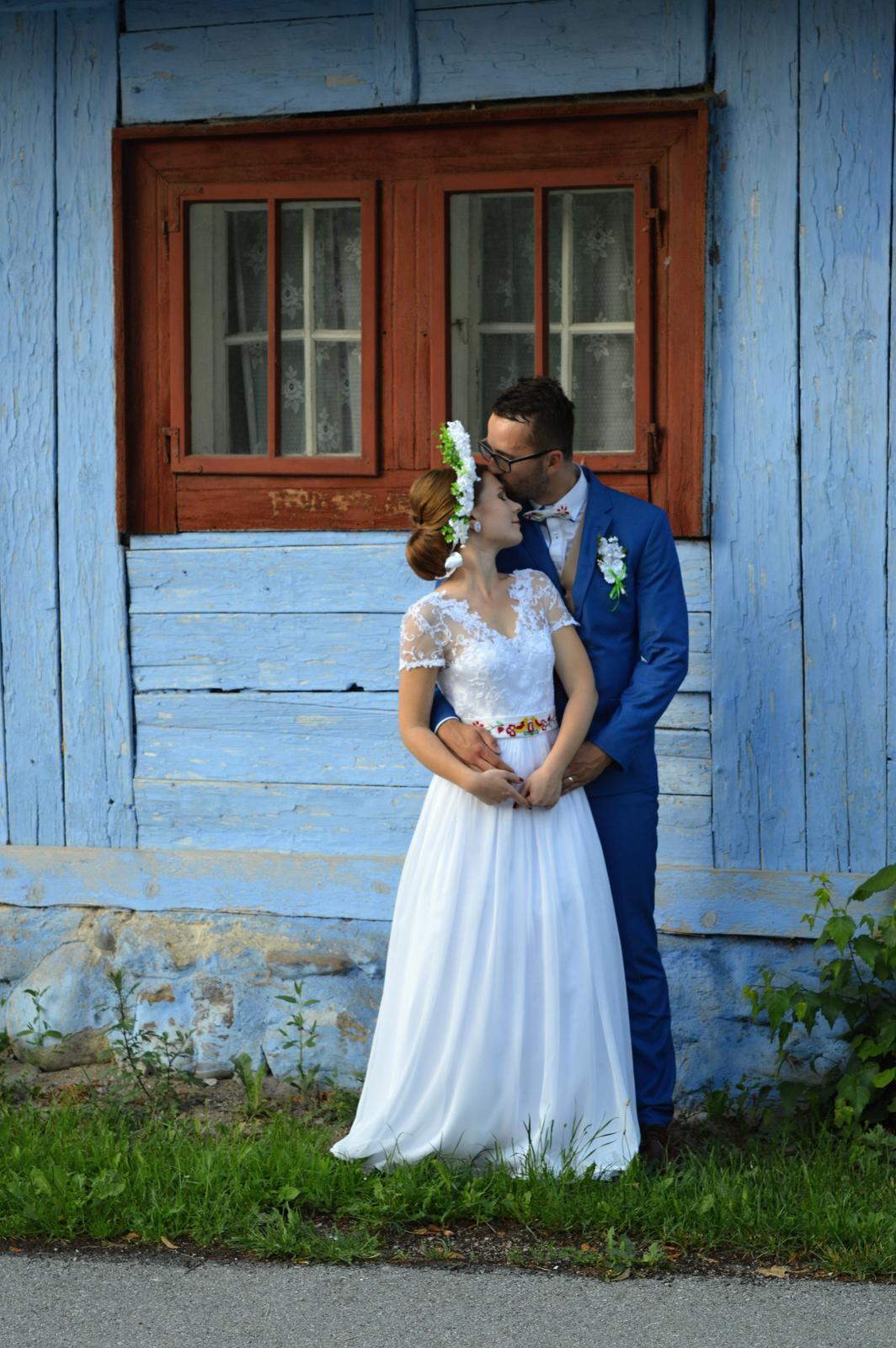 Ľahučké svadobné šaty - Obrázok č. 1