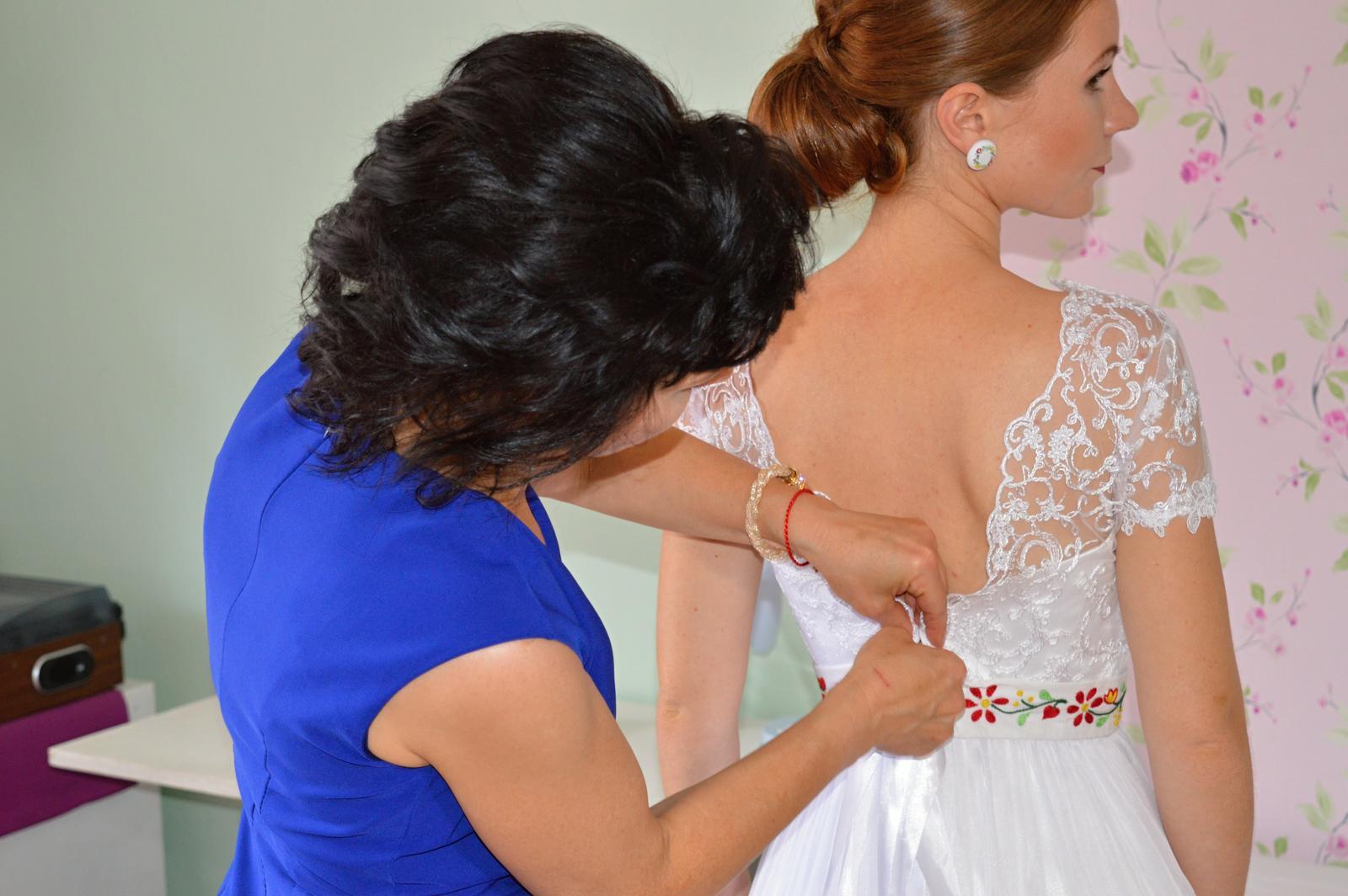 Ľahučké svadobné šaty - Obrázok č. 4