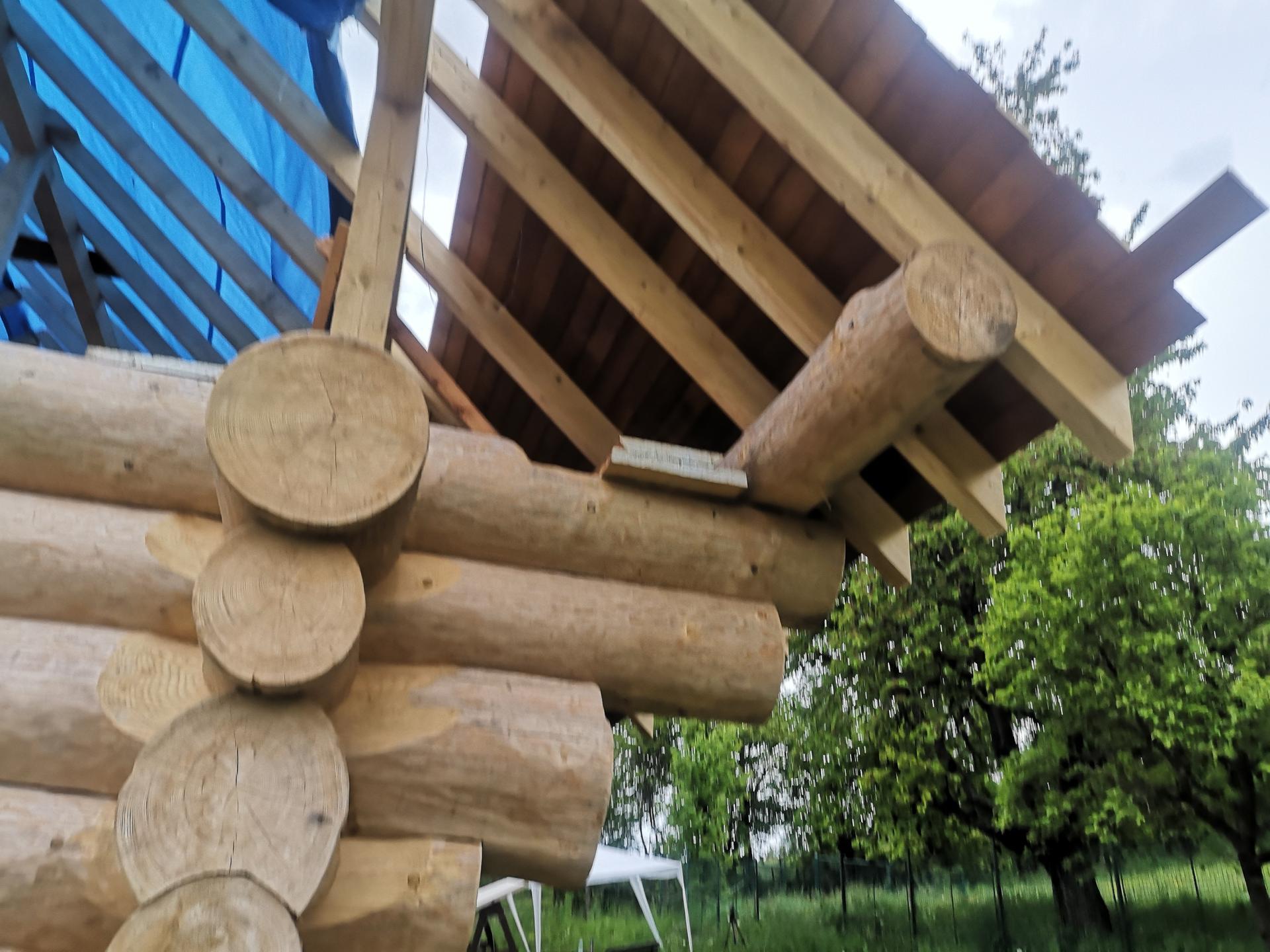 Stavíme náš srub - Přesah 2,5m