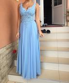 dlhé šaty,