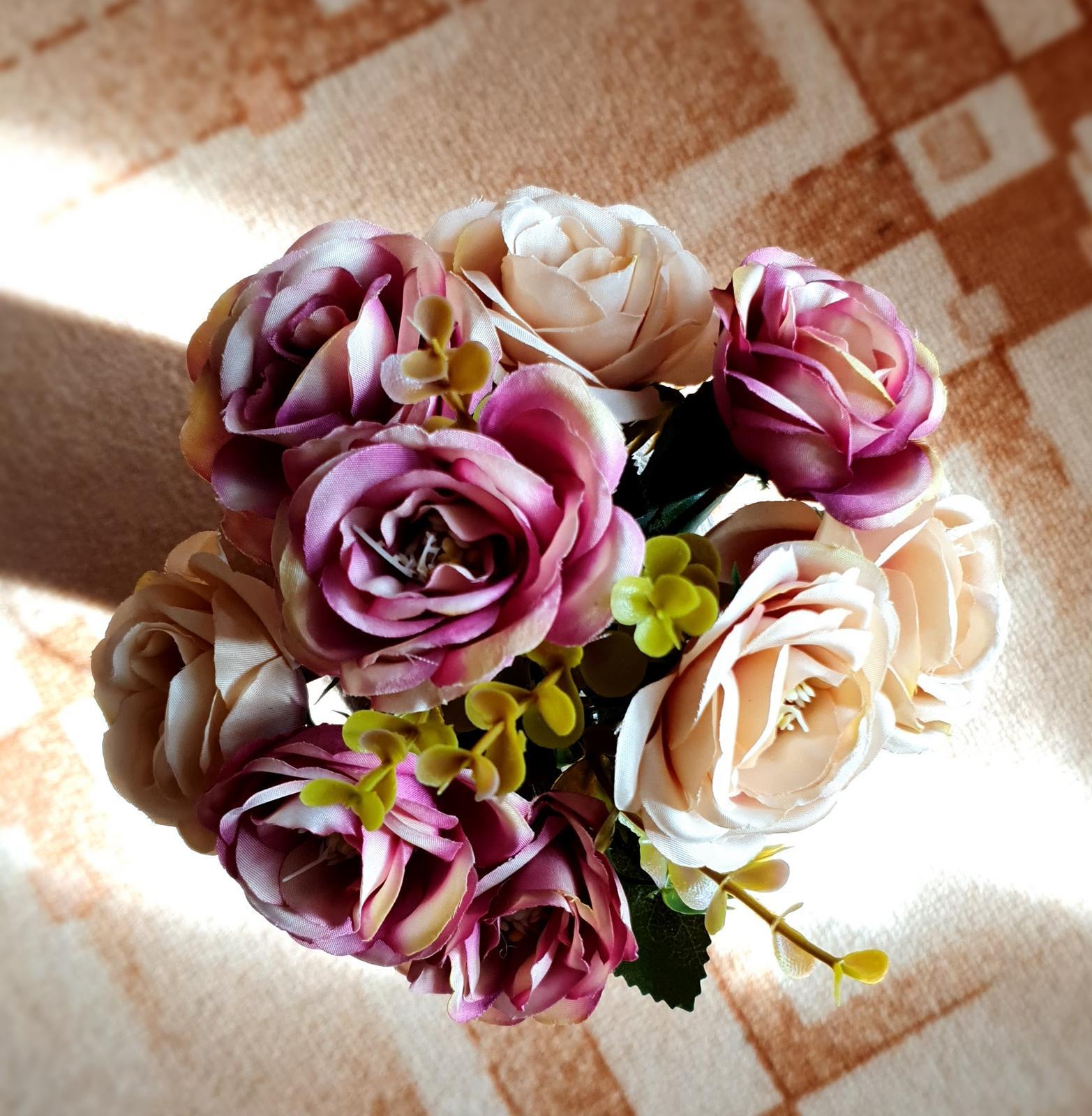Umělé květiny - Obrázek č. 2