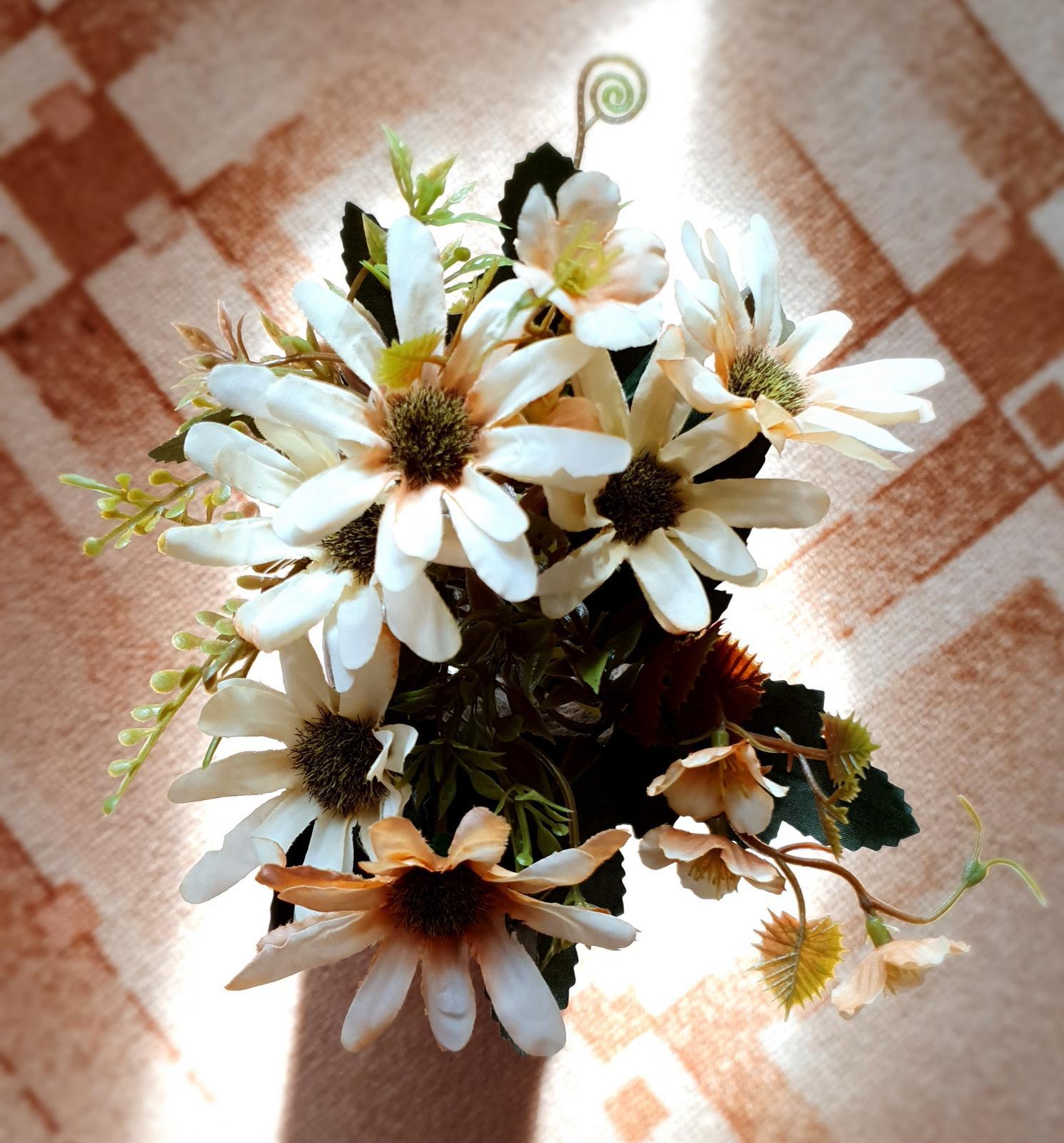 Umělé květiny - Obrázek č. 3