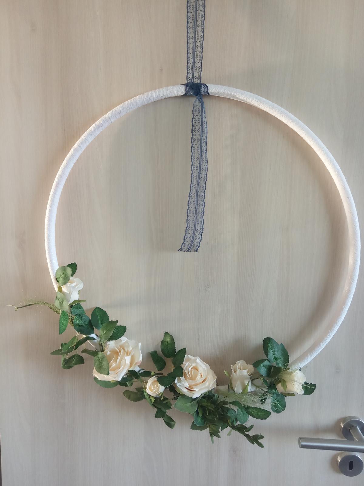 Ozdobné květinové kruhy - Obrázek č. 3