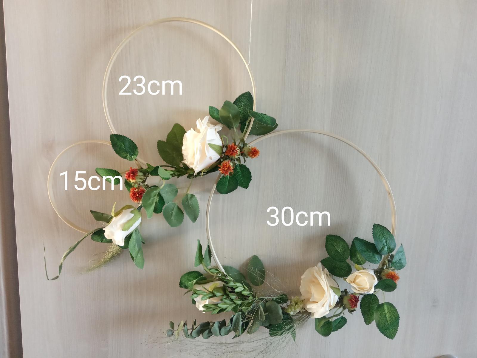 Ozdobné květinové kruhy - Obrázek č. 4