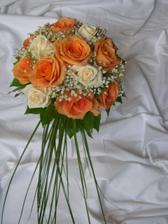 svatební kytka z růží