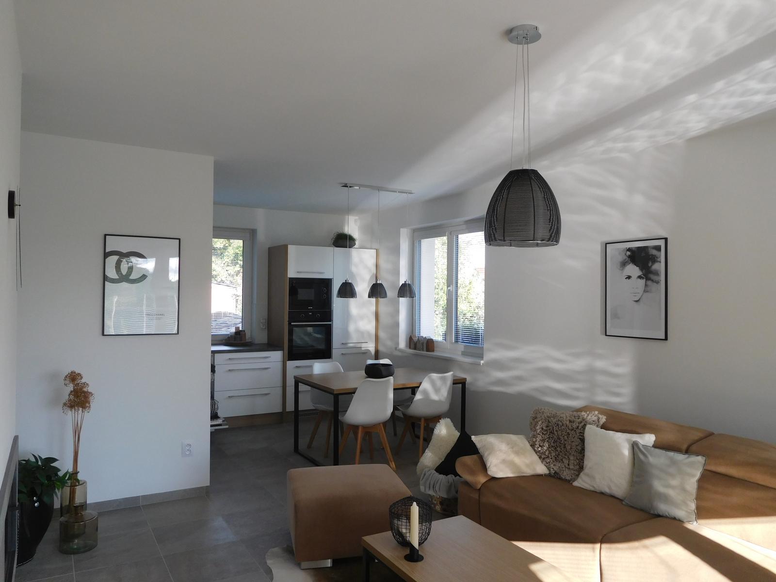 Náš nový domov - Budiž světlo!!!