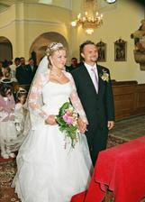 svatba v kostele je nádherná