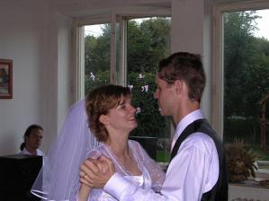 Prvý tanec mladomanželov