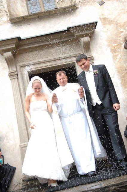 Saška a Peťko - detaily našej svadby - prsala ryza :-)