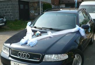 ...a autíčko pro ženicha
