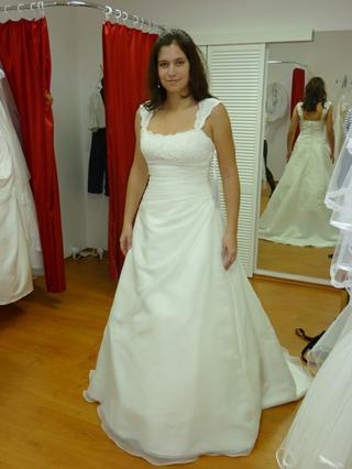 Ahoj holky, které šaty... - Obrázok č. 2