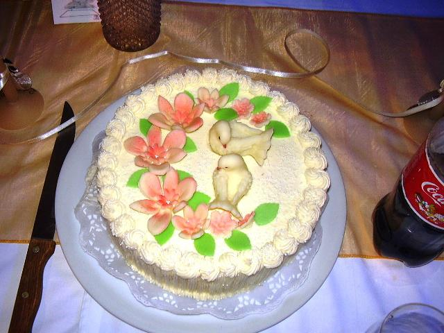 Deny{{_AND_}}Dodko Knapoví - prvá torta