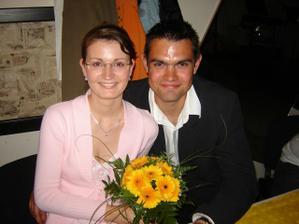 Úspěšná chytačka svatebních kytic... Můžeme se těšit na svatbu další??? ;-)