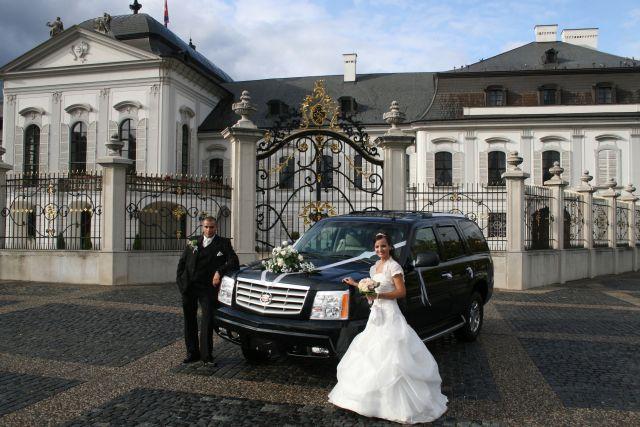 Katka{{_AND_}}Maťko - pre Renču naše svadobné auto1