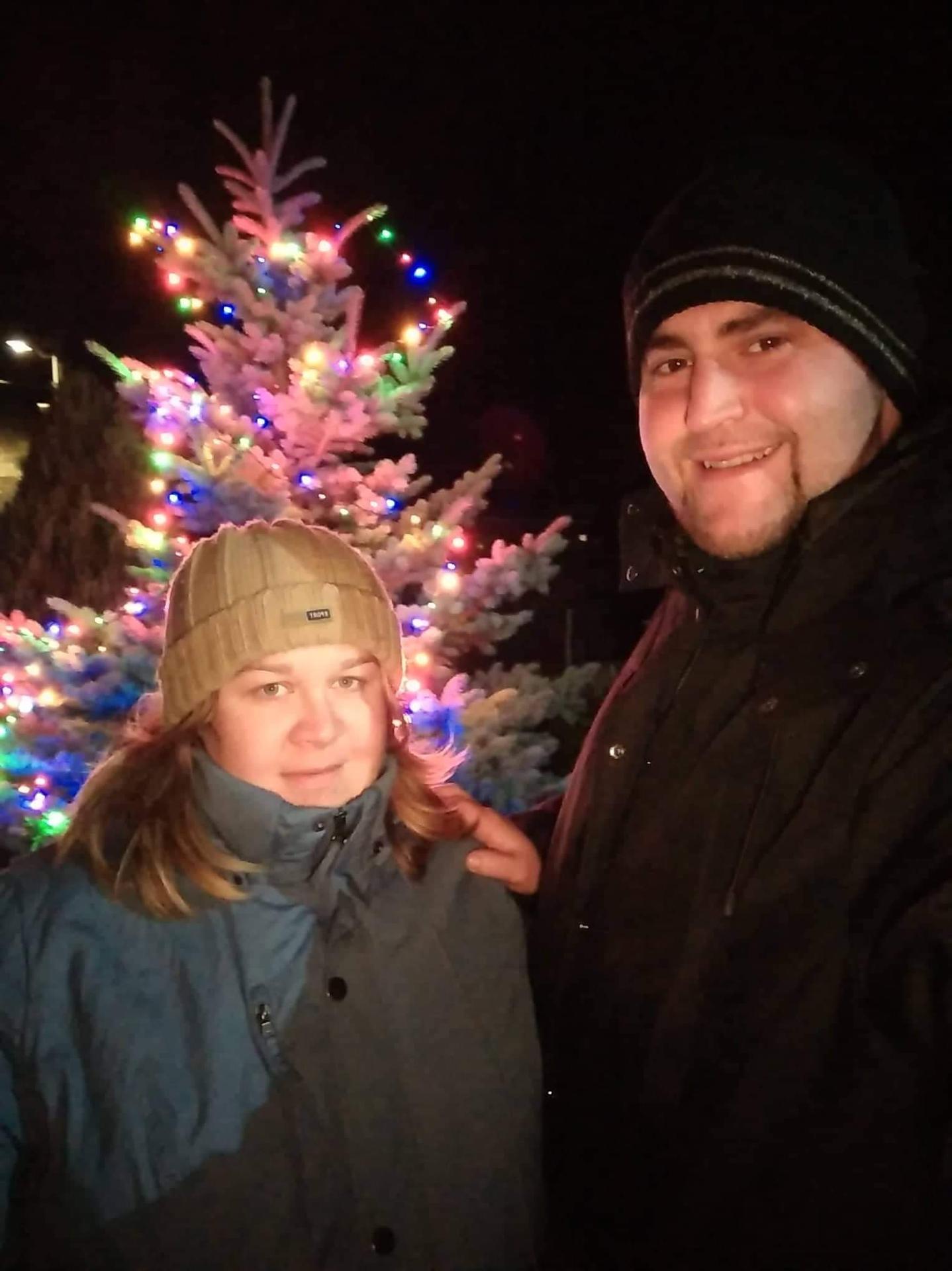 Přeji Vám všem krásný předvánoční čas ☃️❄️ My máme naše první a zároveň poslední Vánoce ve dvou ❤️🤰👣 - Obrázek č. 1