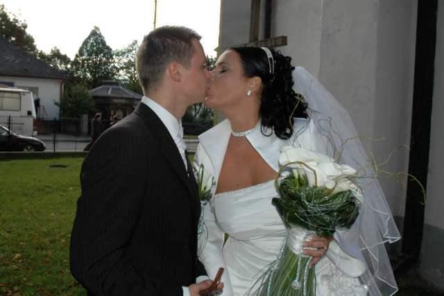 Maťa{{_AND_}}Peťo - ...prvá novomanželská...
