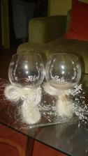 ...naše poháre...