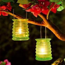 ....změna lampiónů, tyhle jsou o moc hezčí :o)