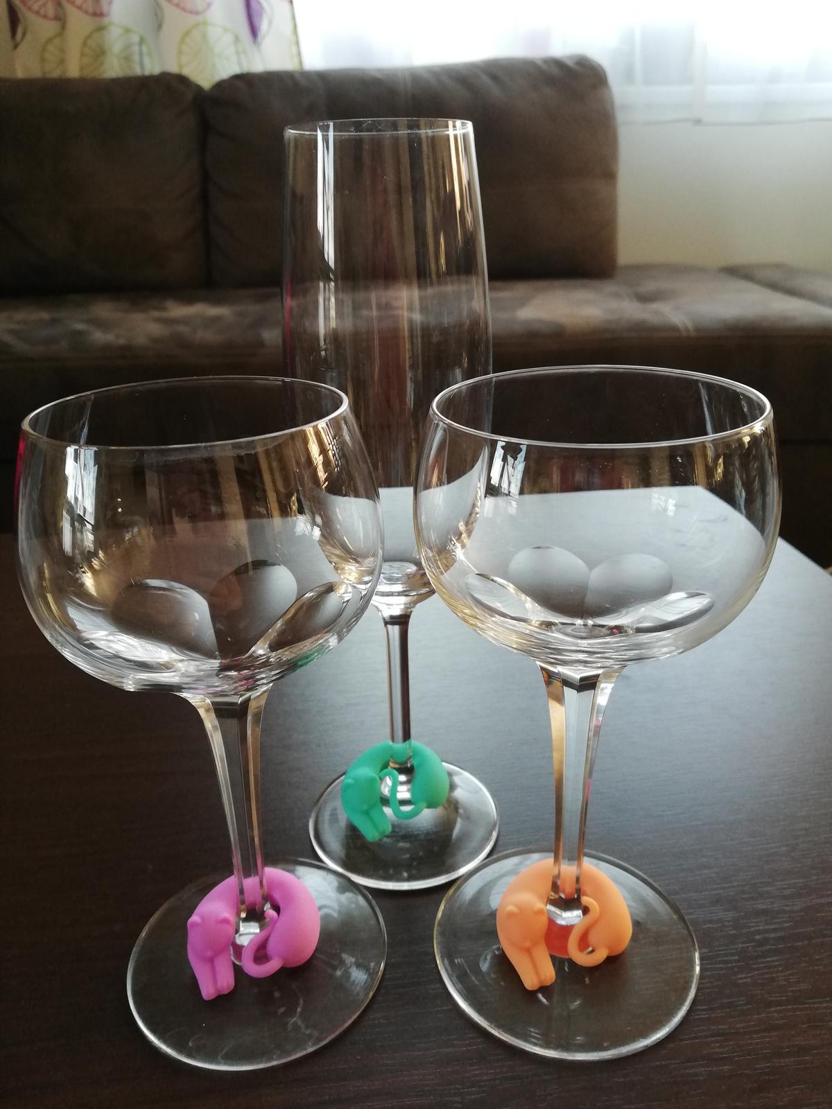 Rozlišovače na sklenky vína nepoužité - Obrázek č. 3