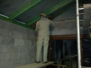 prva izolacia strchy na nasom domceku...