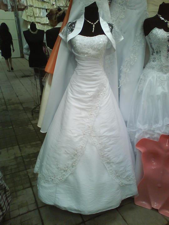 Šaty z Ukrajiny (Užhorod) - Obrázok č. 9