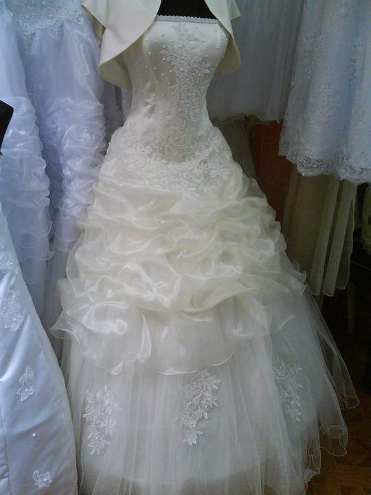 Šaty z Ukrajiny (Užhorod) - Obrázok č. 7