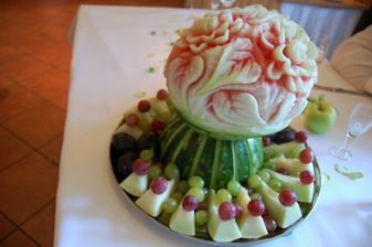 vyrezávané melóny