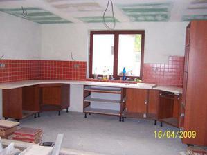 Nainstalovaná kuchyň na zkoušku...