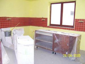 Už vymalovaná kuchyň:-)