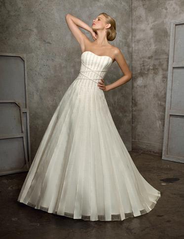 Šaty - první předvýběr - Obrázek č. 3