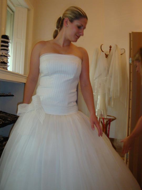 Šaty - zkoušení - ...zblízka...
