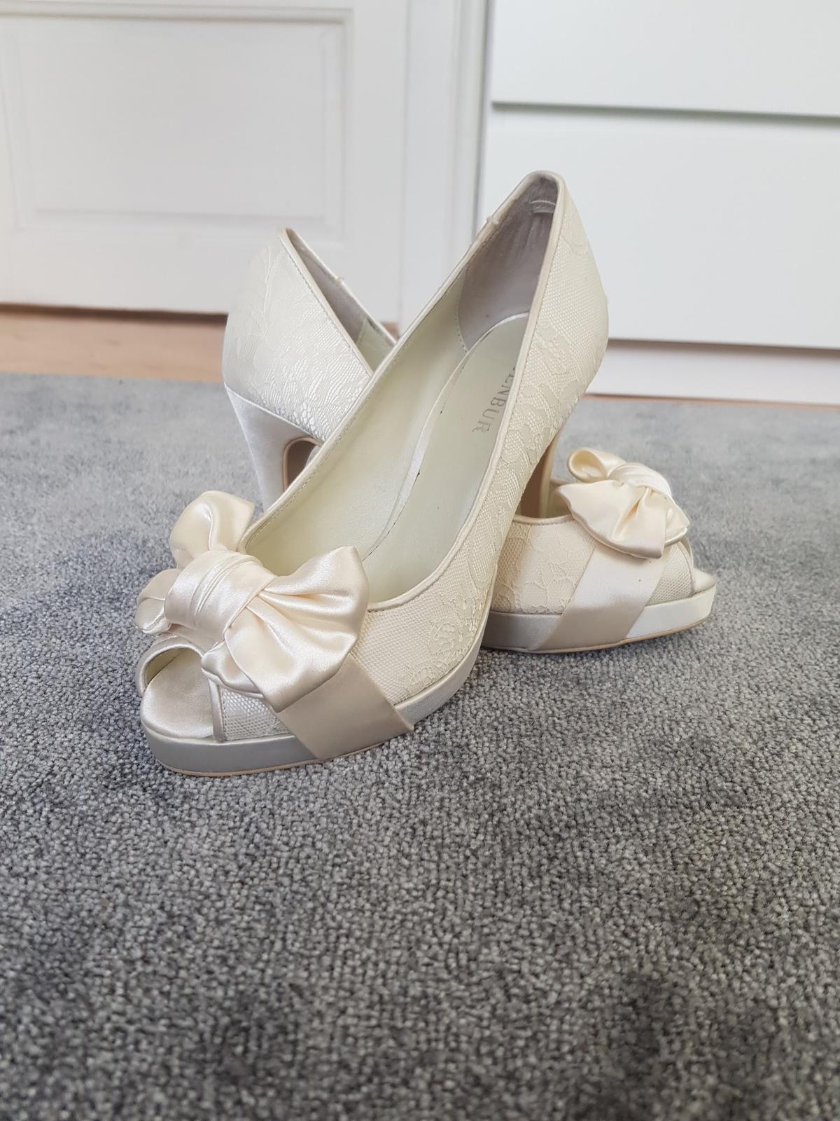Menbur svatební peep-toe boty - Obrázek č. 1
